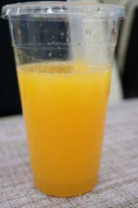 ライフ桜新町にあるジュースバーで買ったとっても美味しいオレンジジュース