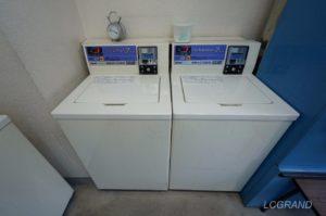 横並びで7キロの洗濯機が並んでいます。