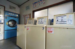 7キロの洗濯機が3台並びます。