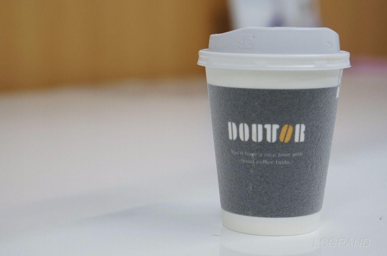 コーヒーブレイクにドトールのカップコーヒー