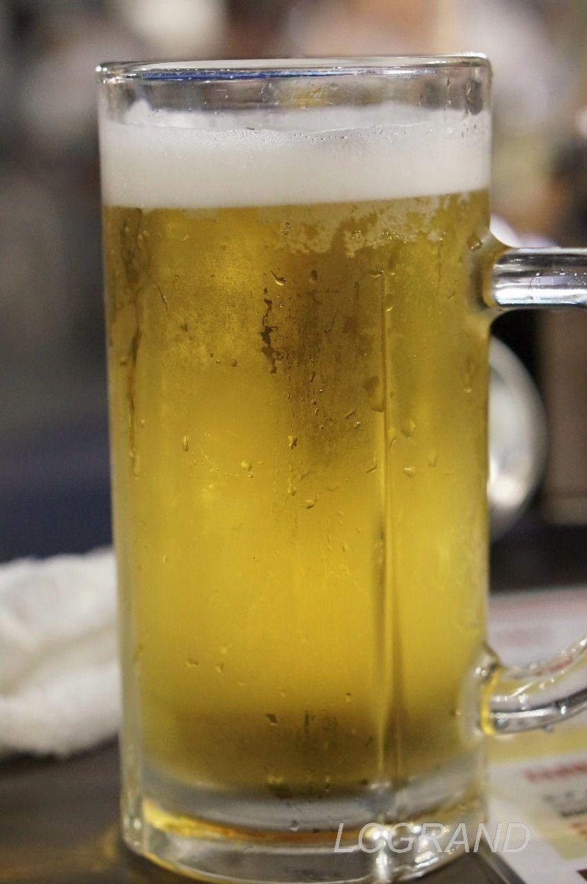 よく冷えたジョッキの美味しそうな生ビール