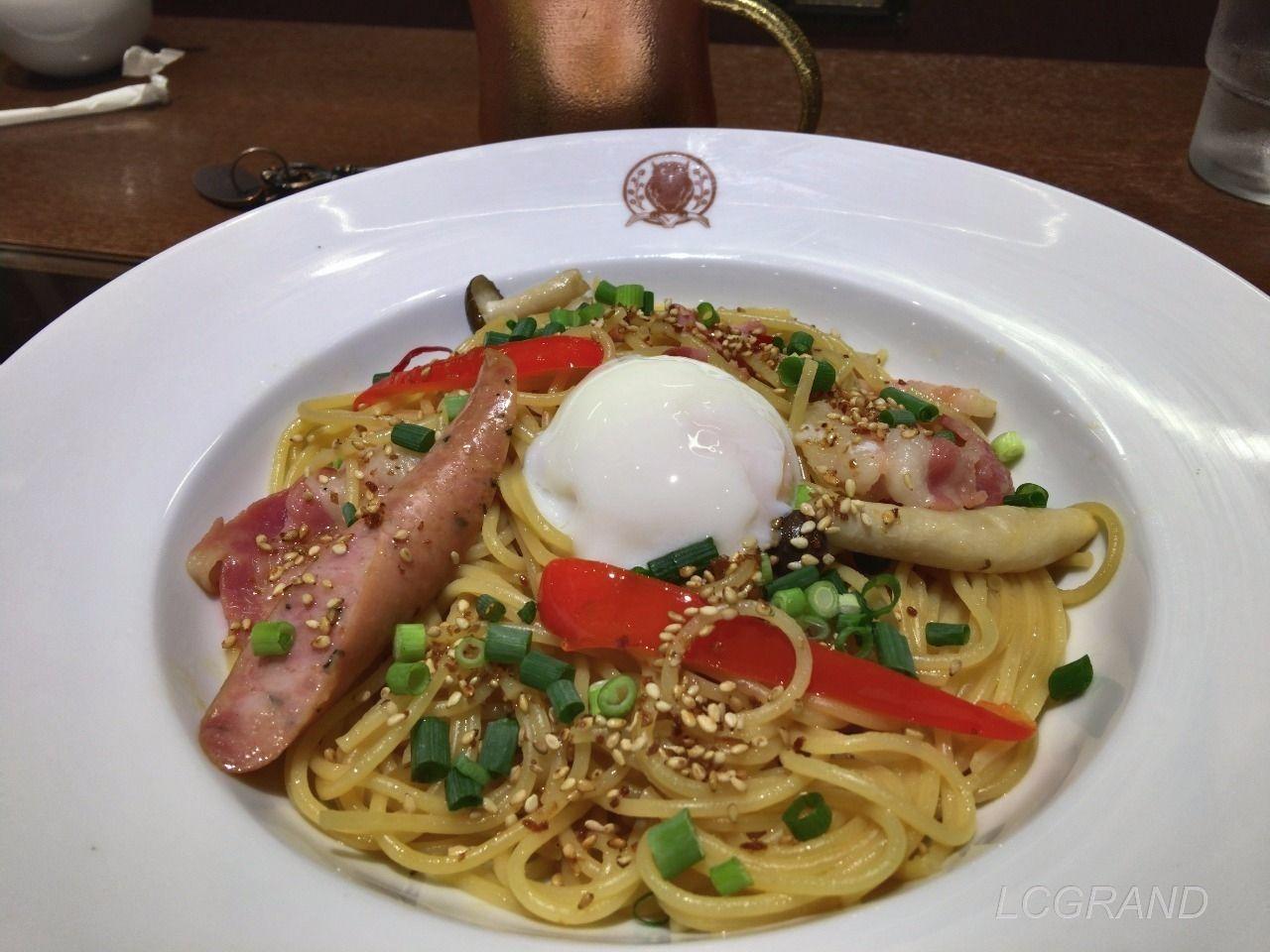 梟書茶房のイベリコベーコンの醤油バタースパゲッティ