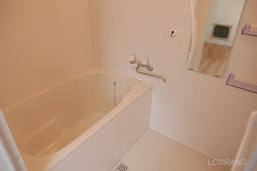 邪魔な洗面台が無いタイプのお風呂