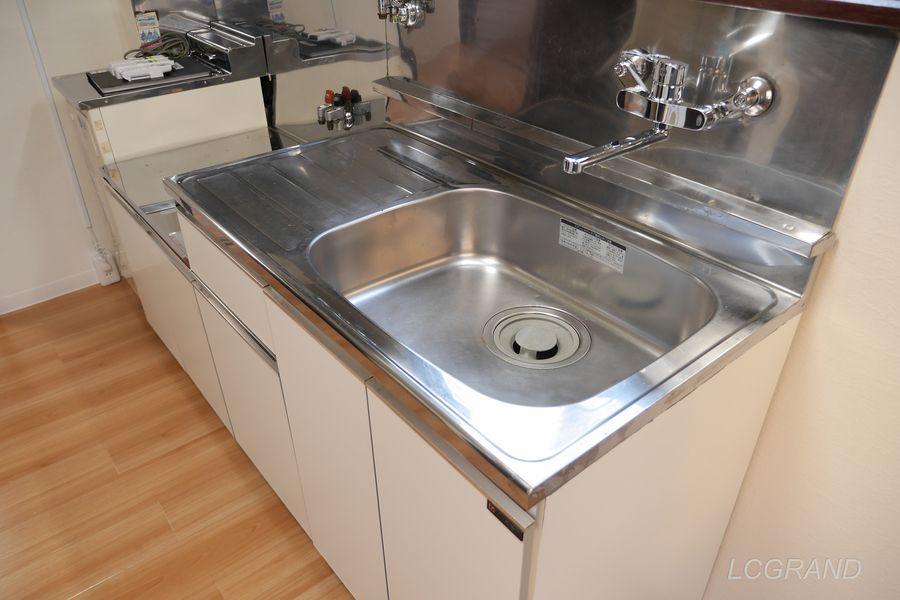 洗い物がしやすい大きさのシンク