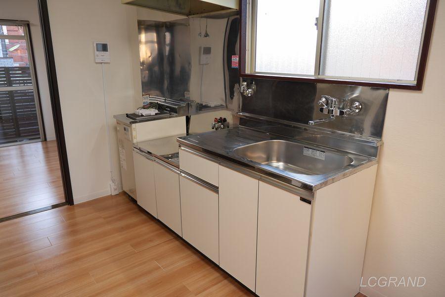 動きやすいスペースがあるダイニングキッチン
